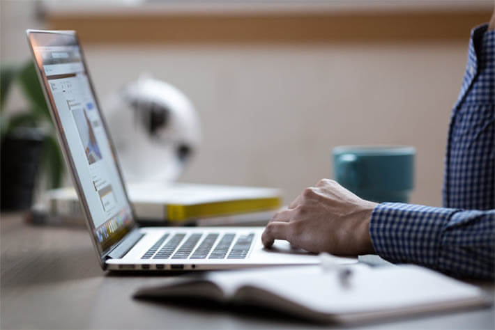 Redes Sociais Impulsionam Compras Online